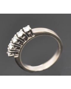 Ring 14 K Gelbgold mit 5 Brillanten zus. ca. 0,40 ct 4,5 g RG. 55