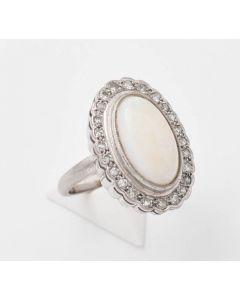 Ring 14K Weissgold 24 kl. Diamanten und weiße Opal 8,3 g Gr. 52