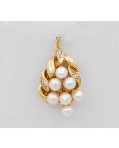 Anhänger mit  7 Perlen 3 Diamanten 14 K Gelbgold 2,4 g